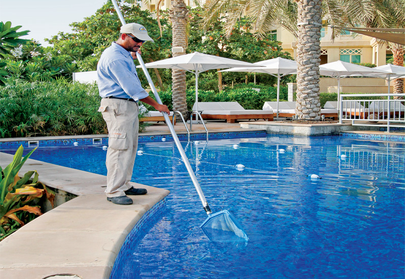 pool cleaning provider