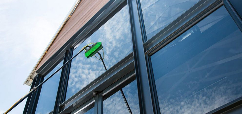 Benefits of using professional window cleaning services