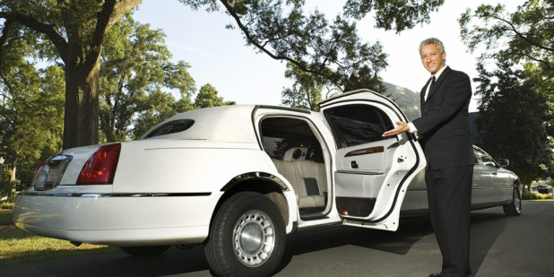 Things You Should Know About Using a Limousine Service